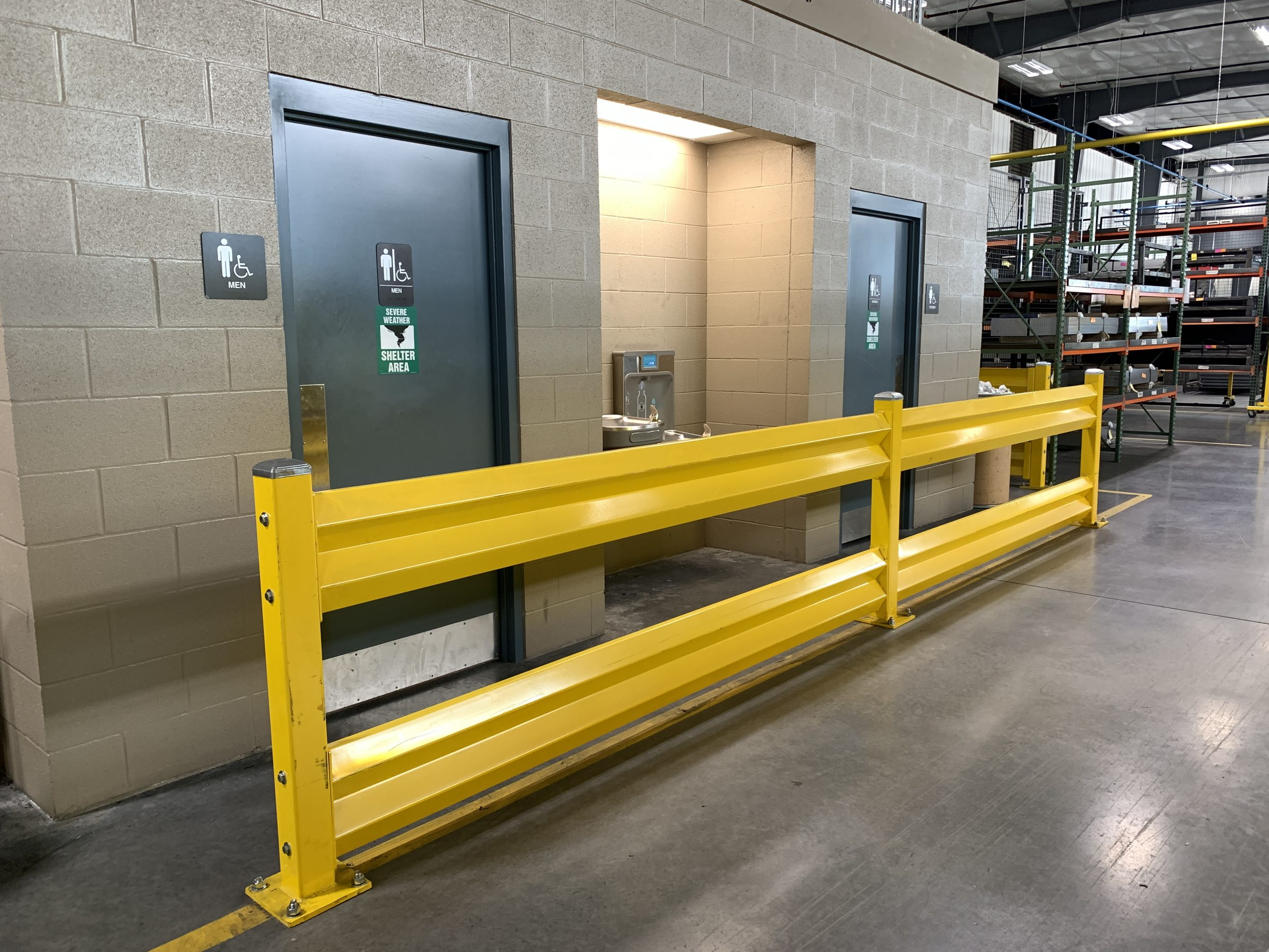 Warehouse Safety Barriers: 7 Keys to consider for your warehouse safety